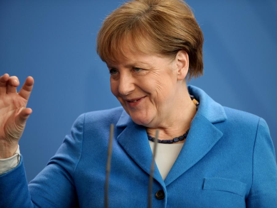 Umfrage: Mehrheit der Deutschen mit Merkels Arbeit zufrieden