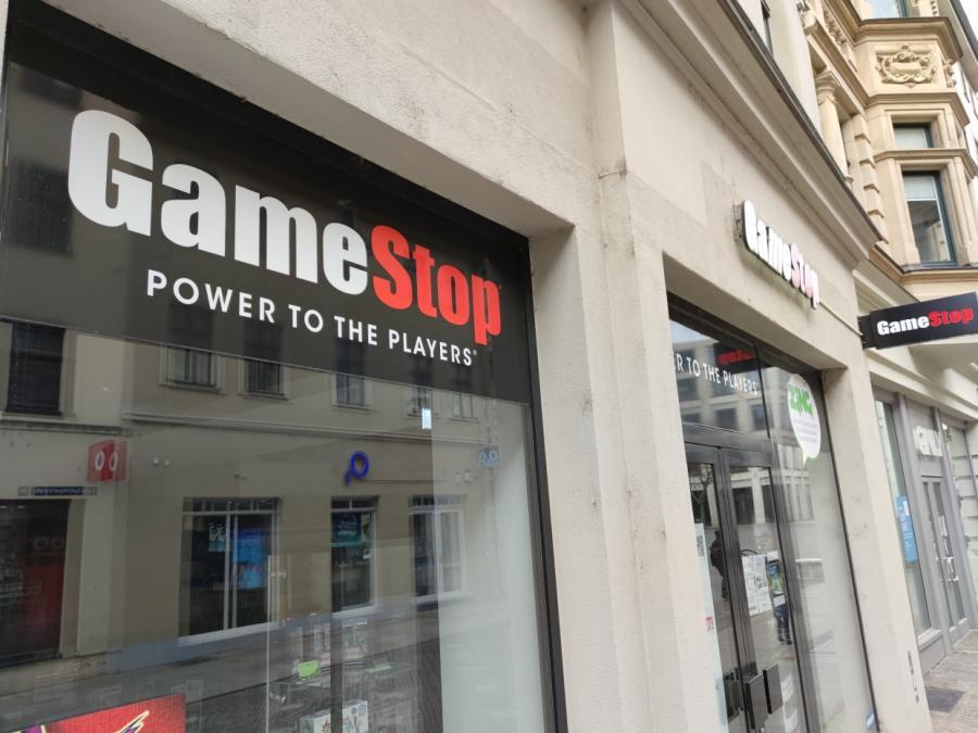 Bafin prüft zwei Mitarbeitergeschäfte mit Gamestop- und AMC-Aktien