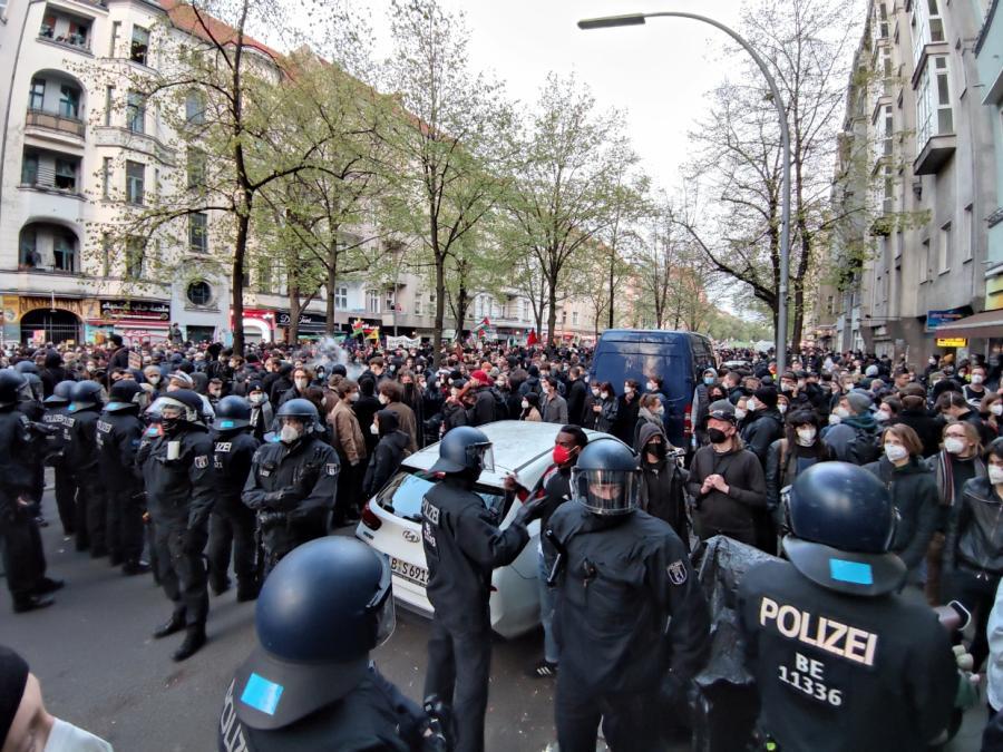 Tausende bei 1.-Mai-Demo in Berlin
