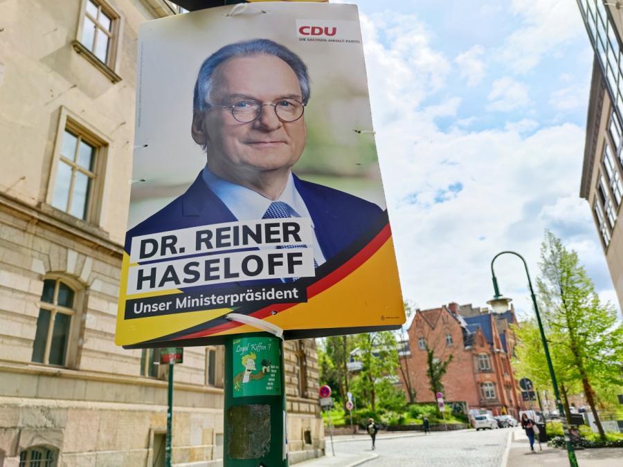 CDU jubelt nach Erdrutschsieg in Sachsen-Anhalt