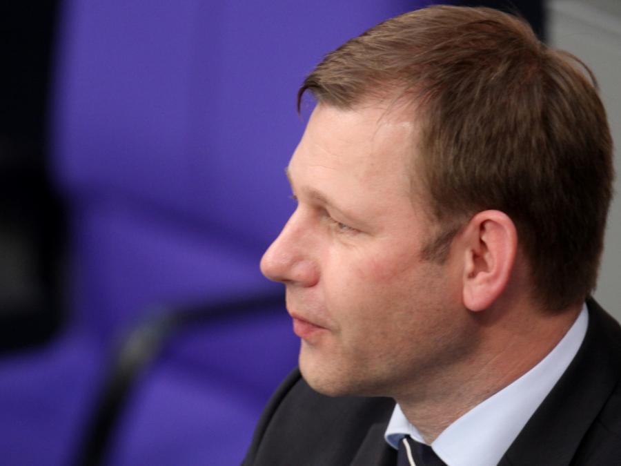 CSU-Außenpolitiker Erndl will Waffenlieferungen an die Ukraine