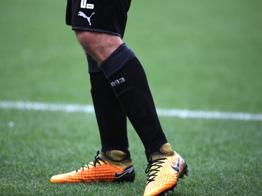 Dresden startet nach Corona-Pause mit Niederlage gegen Stuttgart