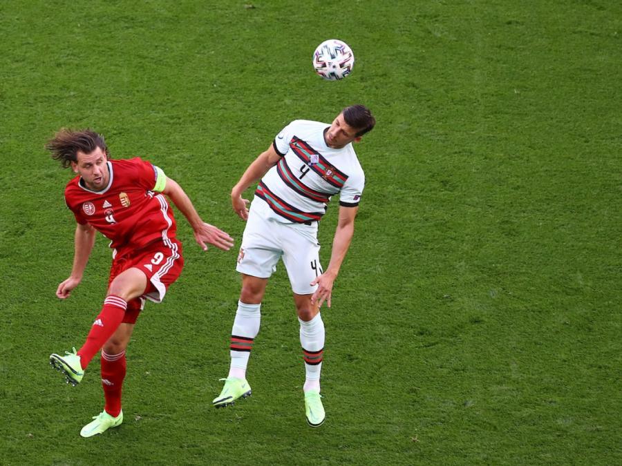 Fußball-EM: Ungarn geht gegen Portugal spät unter