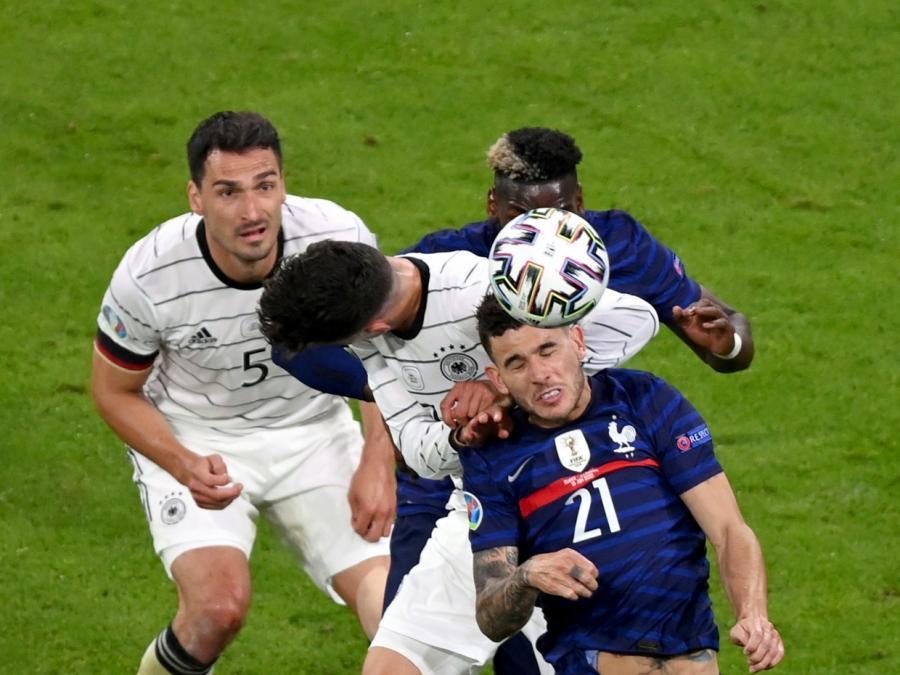 Fußball-EM: Deutschland unterliegt Frankreich wegen Eigentor