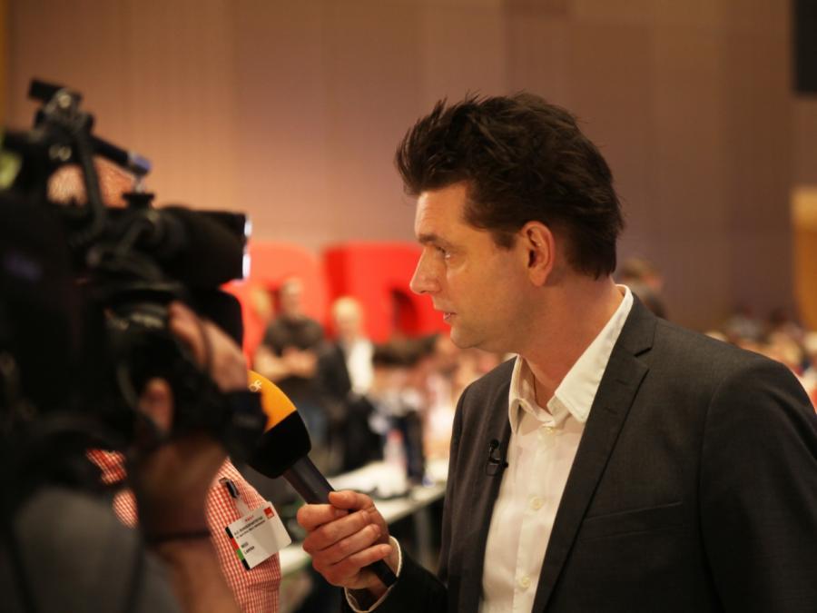 Satiriker Lutz van der Horst beklagt Verzerrungen in Klima-Debatte