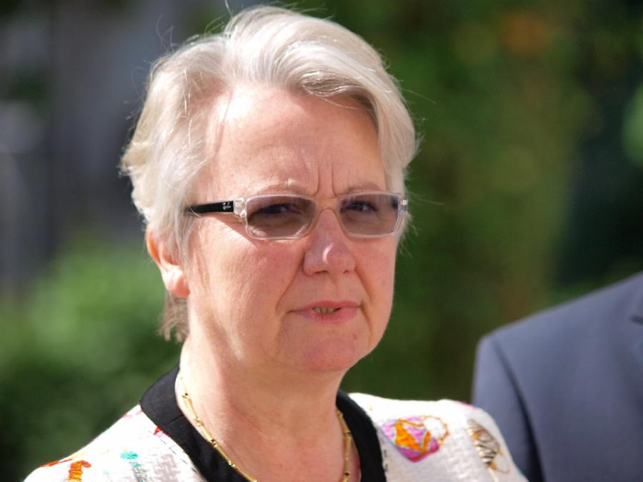 Schavan bekundet Interesse an Adenauer-Stiftung