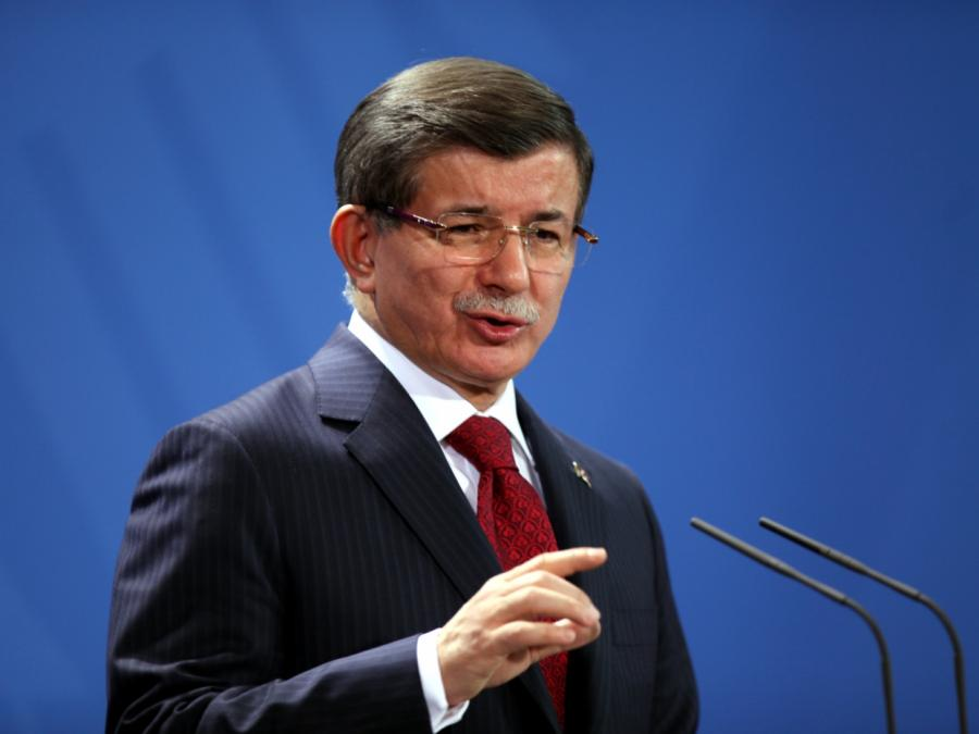 Ex-Premier Davutoglu wirft türkischer Regierung Korruption vor