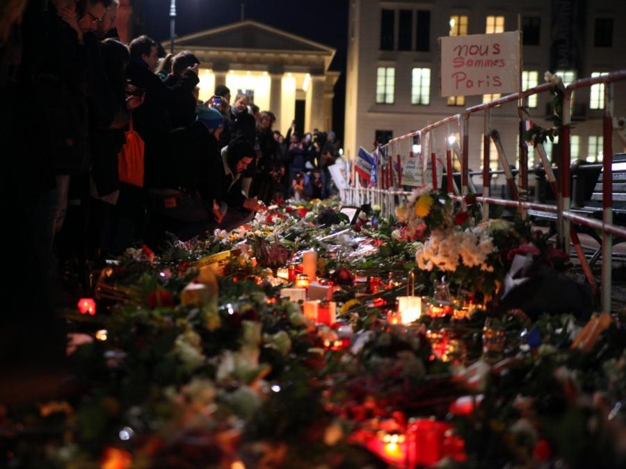 Paris-Anschläge: Hinweise auf möglichen Terrorhelfer in Deutschland