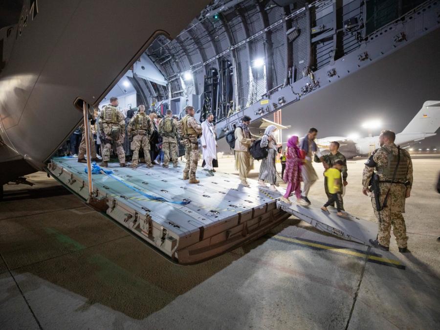 Über 3.650 Menschen von Bundeswehr aus Kabul evakuiert