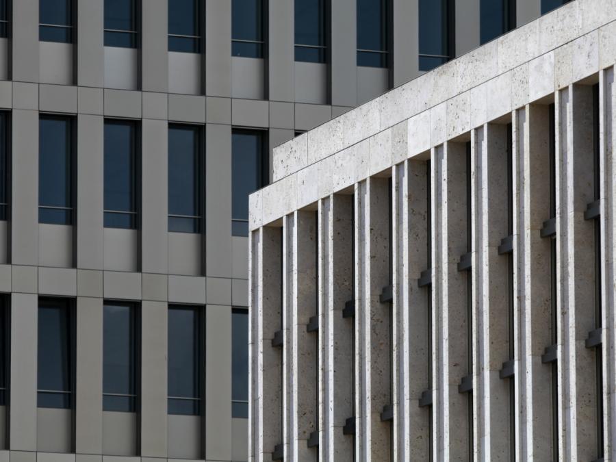 18 Haftbefehle gegen deutsche IS-Kämpfer