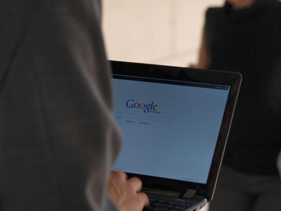 Monopolkommission übt scharfe Kritik an Google