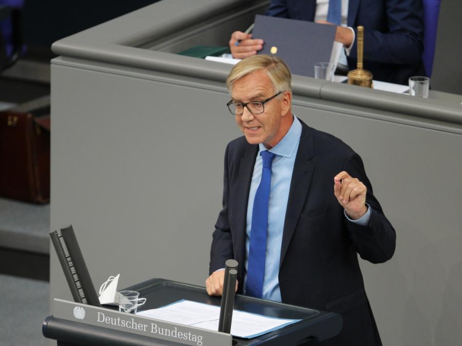 Bartsch bringt NATO-Ausschluss der Türkei ins Spiel