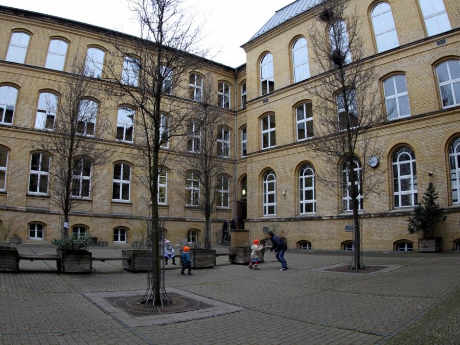 Merkel für mehr Chancengerechtigkeit im Bildungssystem