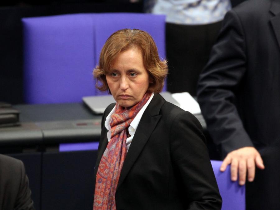 Von Storch beharrt auf Option eines deutschen EU-Austritts