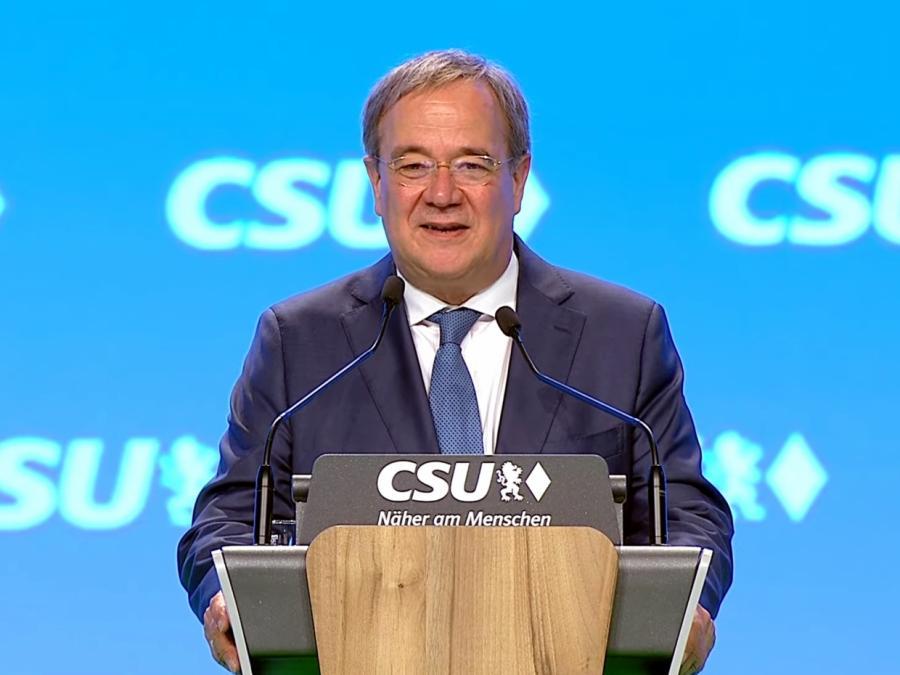 Laschet freundlich auf CSU-Parteitag empfangen