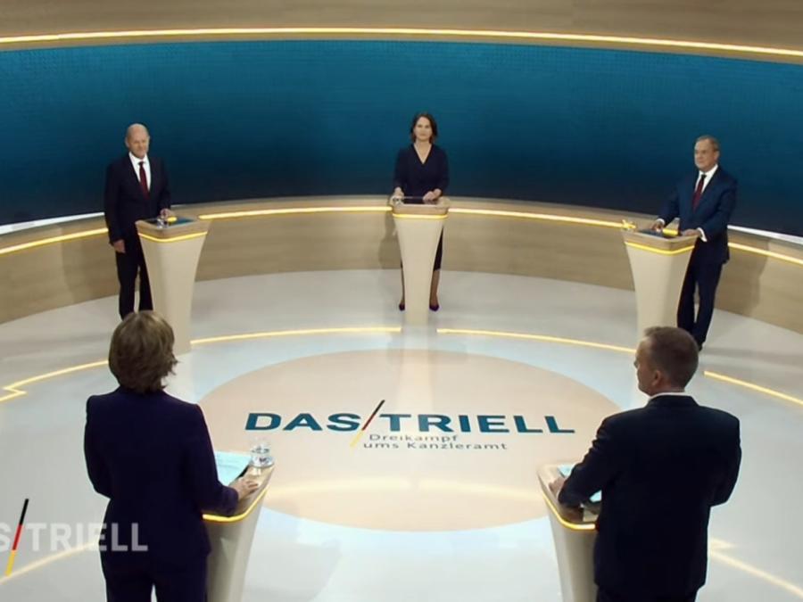 Laschet und Baerbock gehen bei TV-Triell auf Scholz los