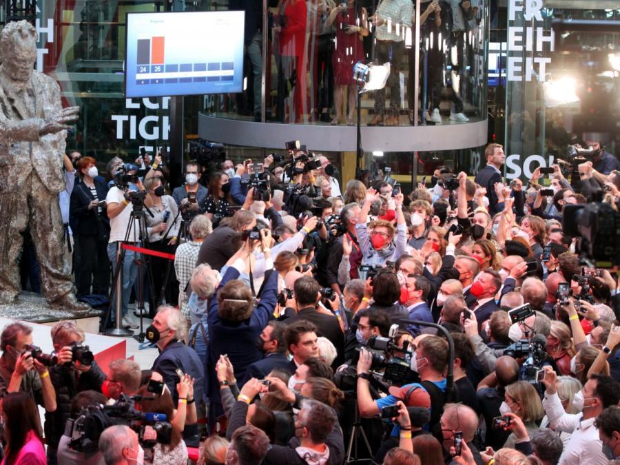 SPD in ZDF-Prognose vorn - Gleichstand mit Union laut ARD
