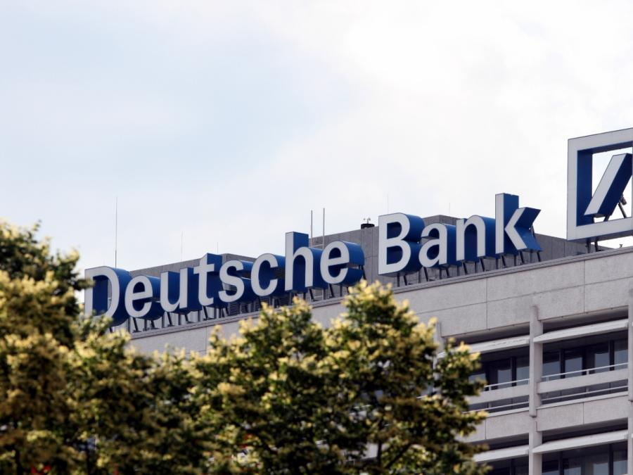Bericht: Deutsche Bank kommt beim Stellenabbau voran