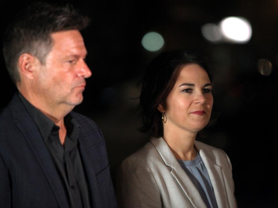 Grüne wollen Dreiergespräche mit SPD und FDP