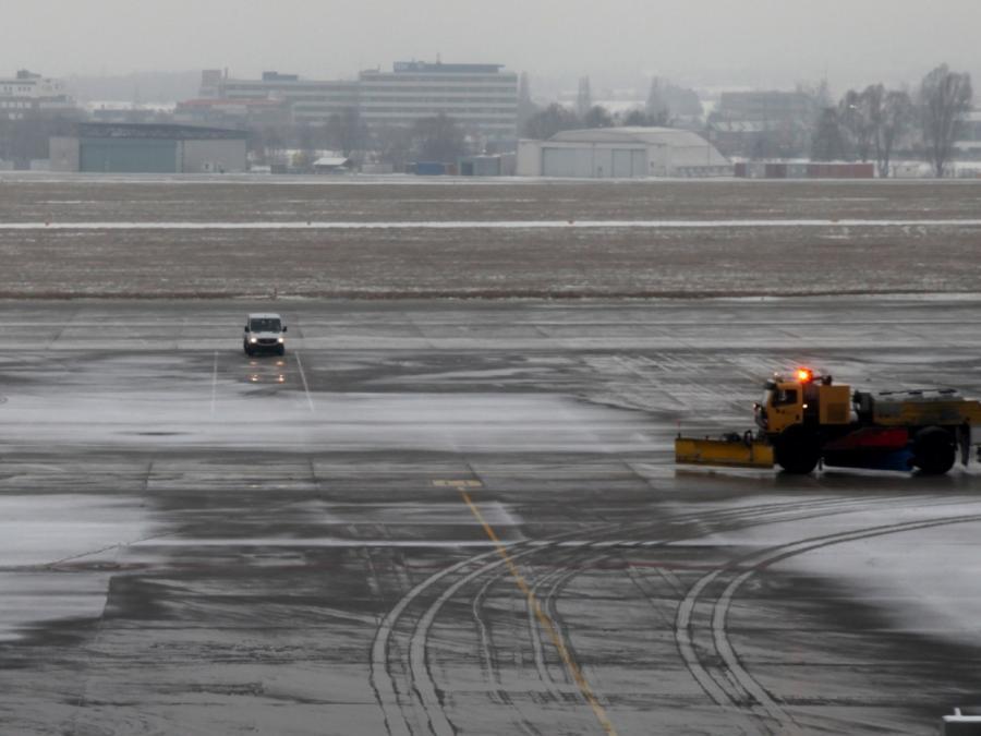 Flugverbot für Israeli: Bundesregierung unter Druck