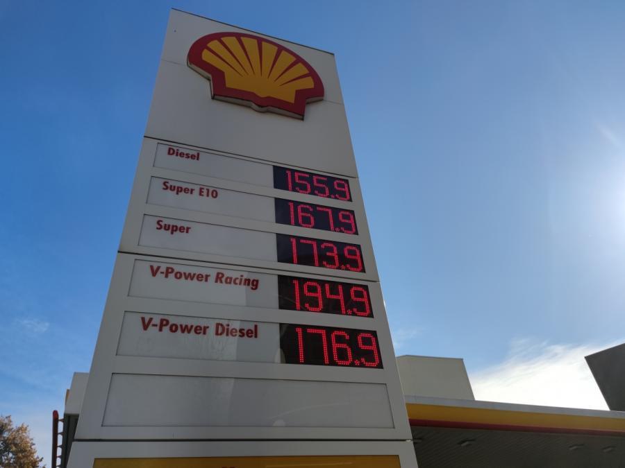 ADAC: Dieselpreis steigt auf Allzeithoch