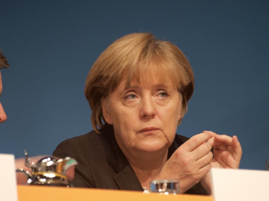 Ex-SPD-Chef Engholm für Große Koalition – ohne Merkel
