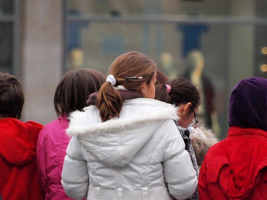 Eurostat: Mehr als jedes siebte Kind in Deutschland armutsgefährdet