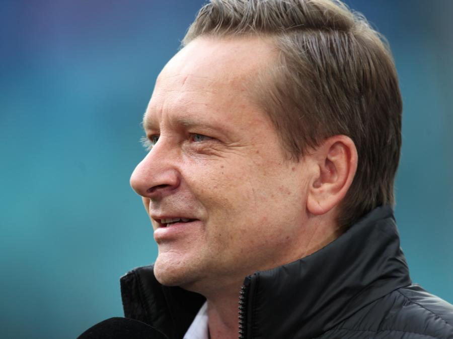 Hannover 96 dementiert Abgang von Manager Heldt
