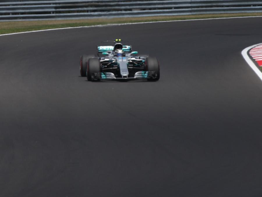 Formel 1: Bottas gewinnt Großen Preis von Abu Dhabi