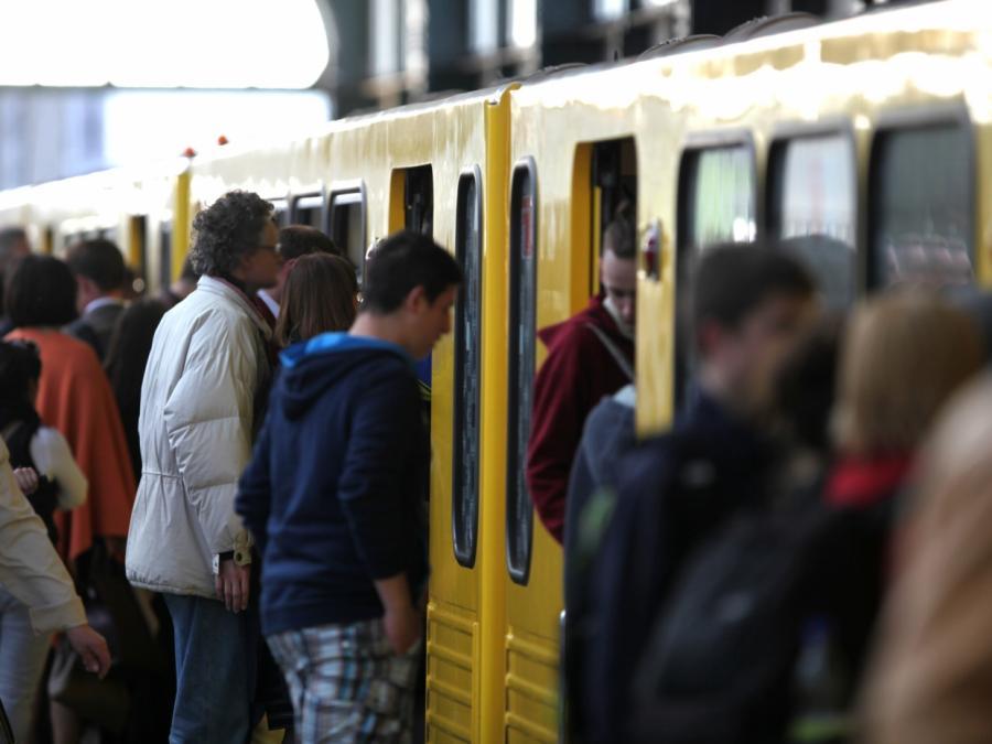 Berlins Wirtschaftssenatorin will mehr Geld für ÖPNV