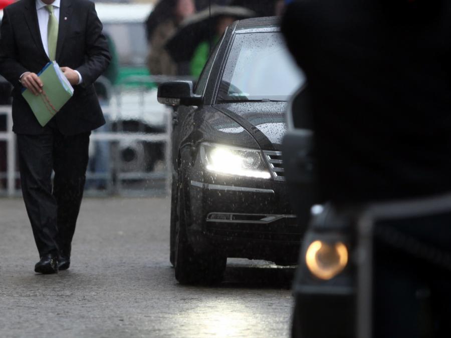 NRW-Landesregierung Schlusslicht bei Emissionen von Dienstwagen