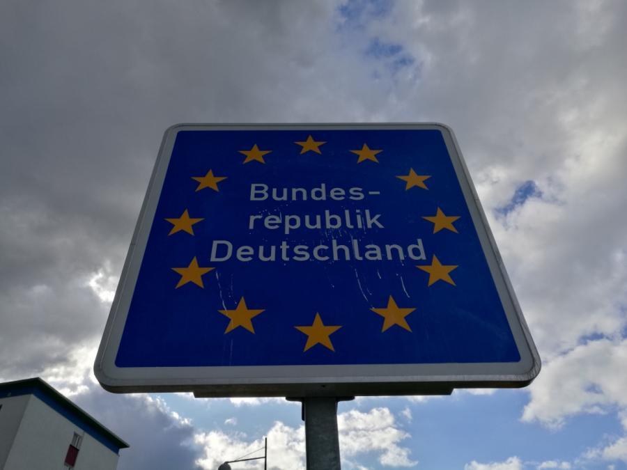Amthor will offene Debatte über weitere Grenzkontrollen