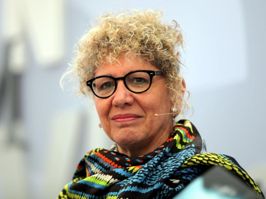 Schriftstellerin Doron beklagt Ausgrenzung als Verräterin