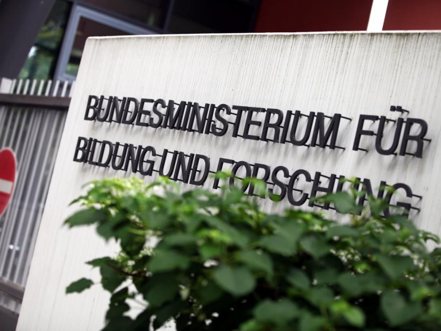 Bildungsministerium lässt 373 Millionen Euro Finanzmittel verfallen