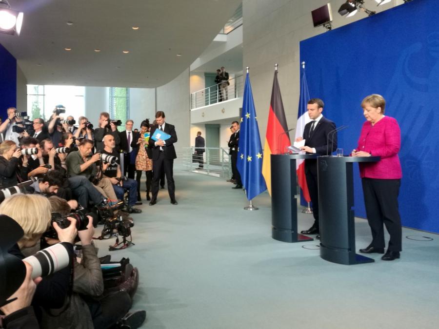 Merkel und Macron fordern Einhaltung des Waffenstillstands in der Ukraine