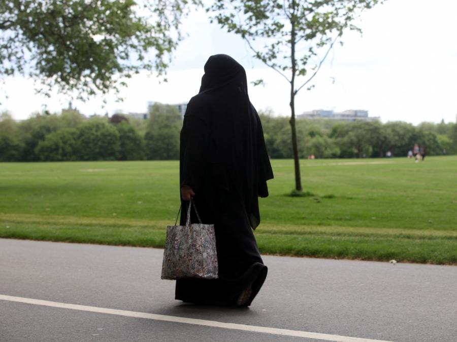 Islamwissenschaftler Rohe für Nikab-Verbot an Schulen und Unis