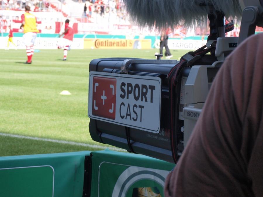 TV-Rechte: DFL will Fans nicht mehr als zwei Abos zumuten
