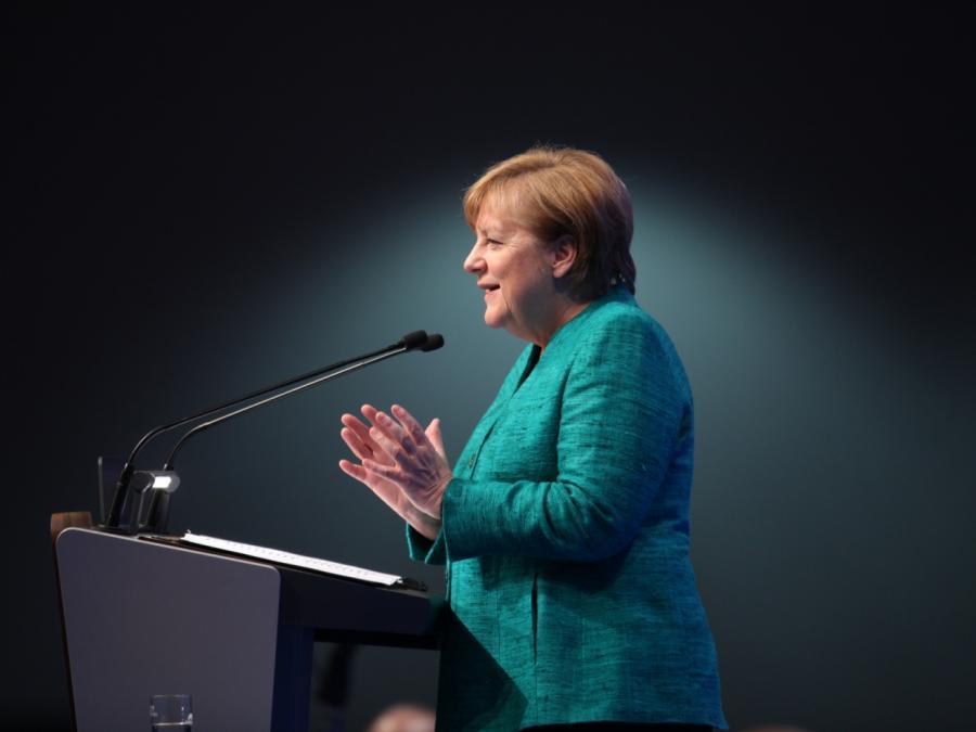 Merkel will Minister bald nennen - und 4 Jahre im Amt bleiben
