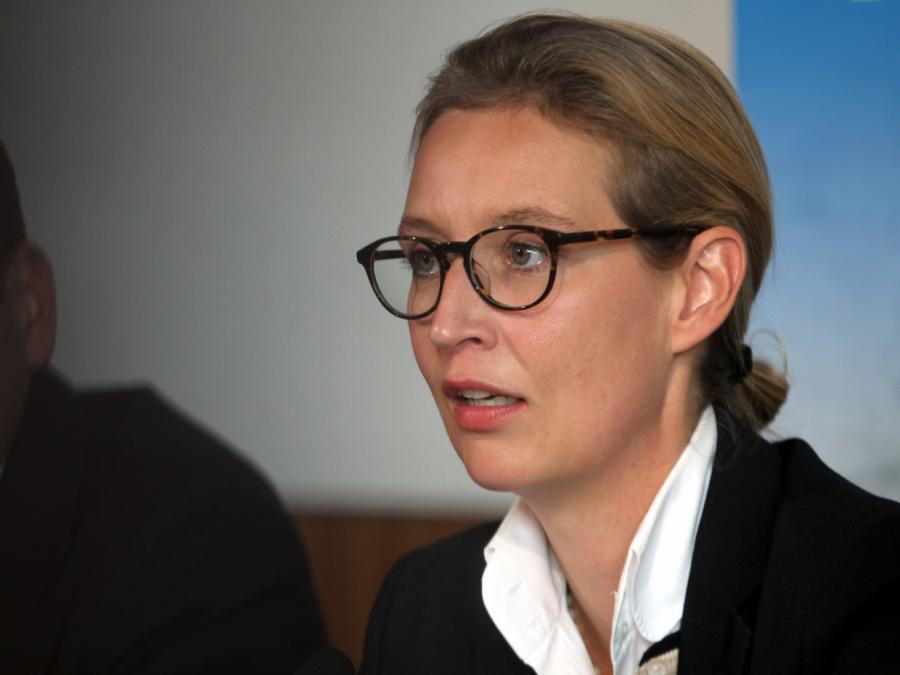 Nach Eklat bei Pressekonferenz: Weidel sieht kein Fehlverhalten