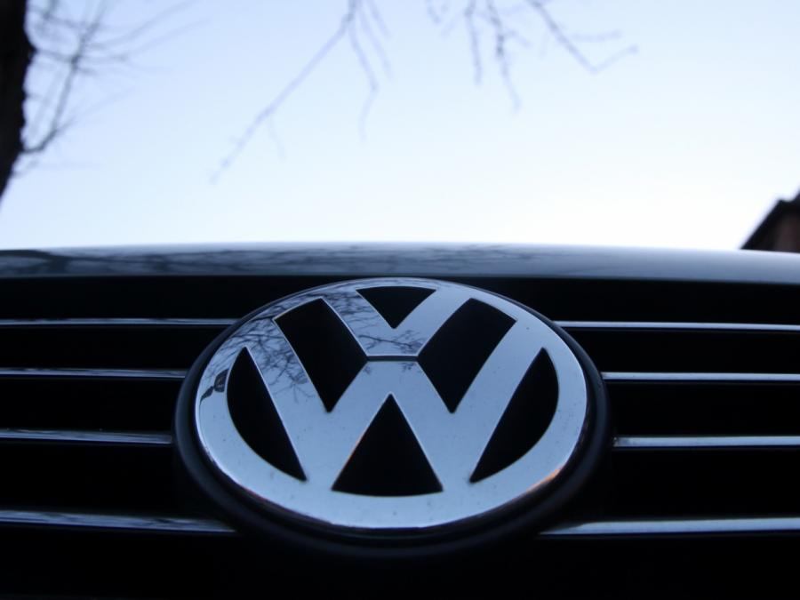 VW-Chef Müller verteidigt Millionengehalt