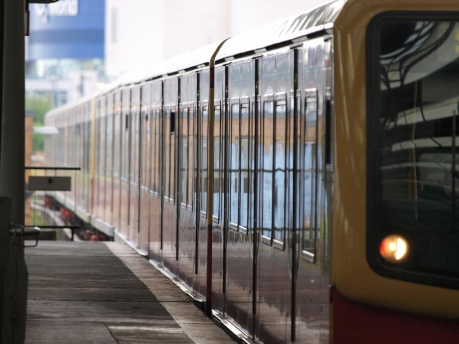 Linke will landeseigene S-Bahn-Fahrzeugflotte in Berlin