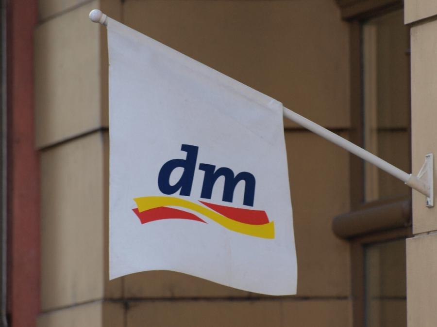 DM-Chef verlangt einheitliche Regeln für noch geöffnete Geschäfte