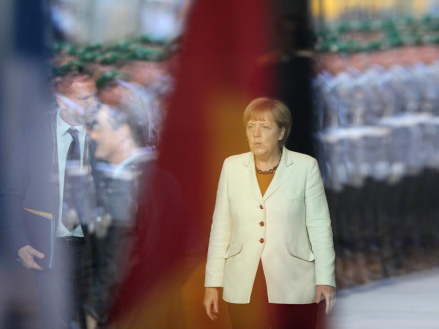 Merkel offen für europäische Armee