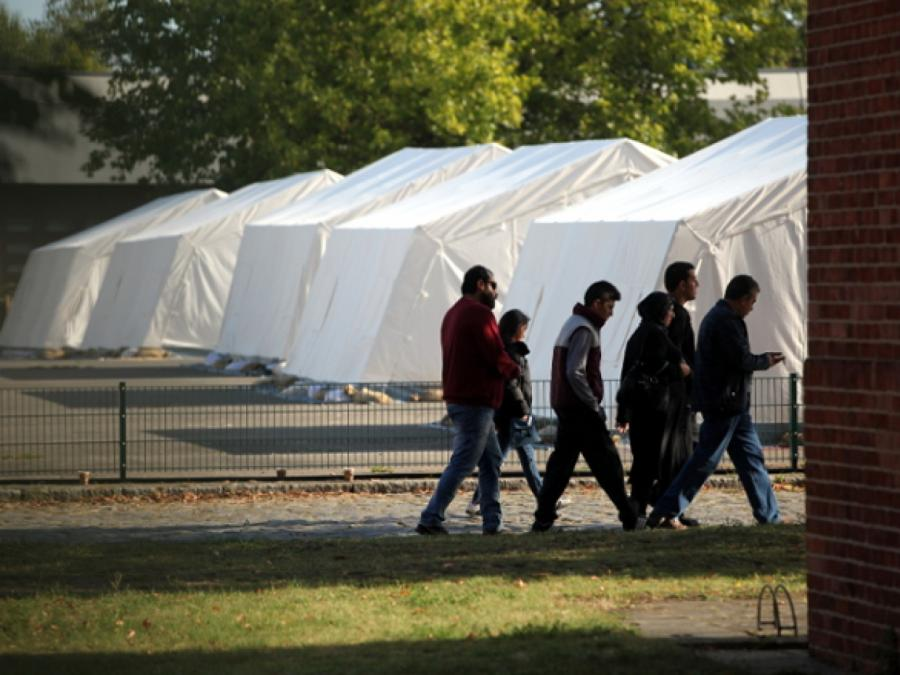 AfD-Antrag: Flüchtlingsbürgen sollen für Kosten aufkommen