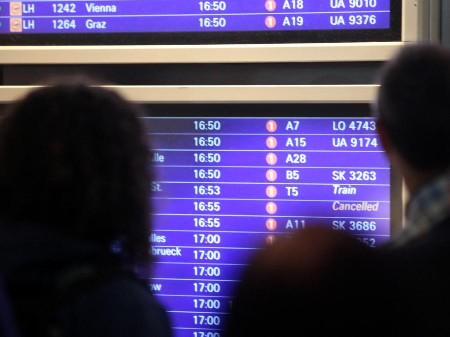 Schwere Gewitter in Süddeutschland - Flugausfälle in Frankfurt