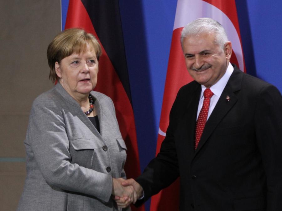 Merkel und Yildirim wollen deutsch-türkische Beziehungen verbessern