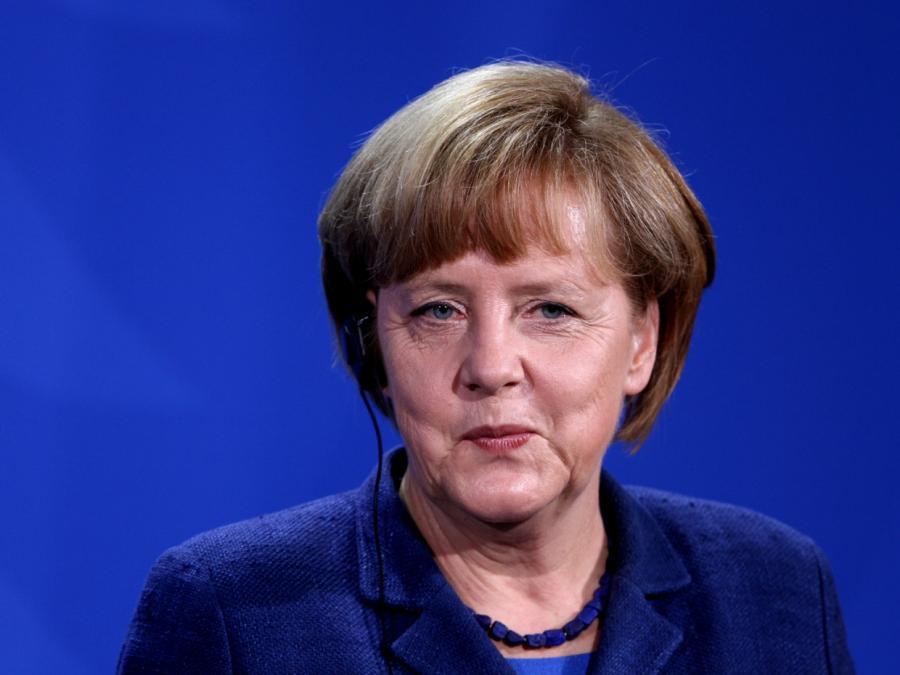 Michael Douglas findet Angela Merkel beruhigend
