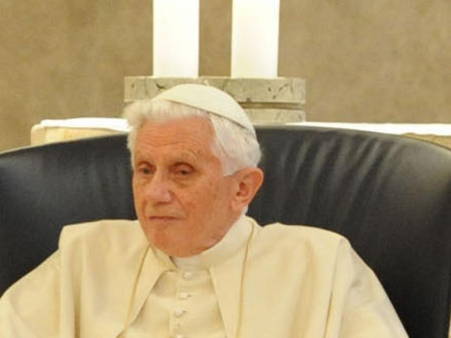 Vatikan-Experte Reinhardt rät von Päpsten in Rente ab