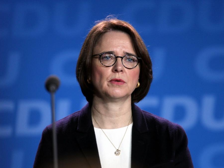 Integrationsbeauftragte Widmann-Mauz will Konsequenzen aus