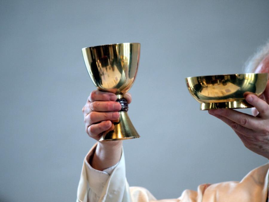 Bischof Bätzing fordert mehr Gestaltungsmacht für Frauen in Kirche